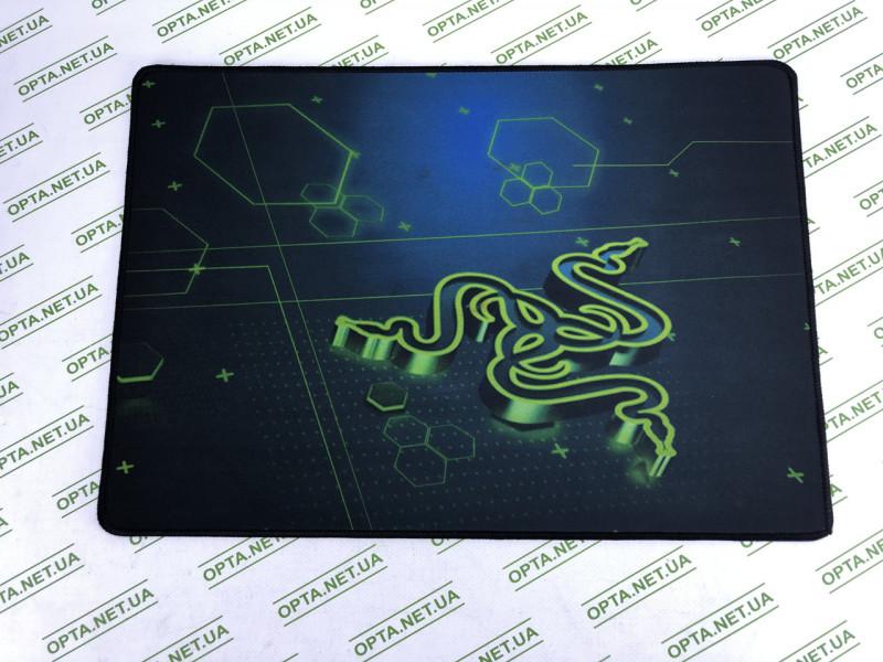 Игровая поверхность  Razer ( 50х36 см)